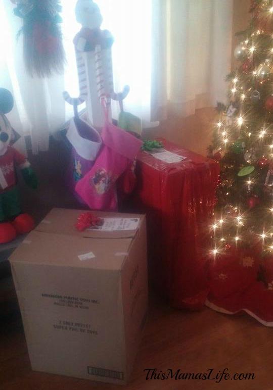 American-Plastic-Toys-Christmas