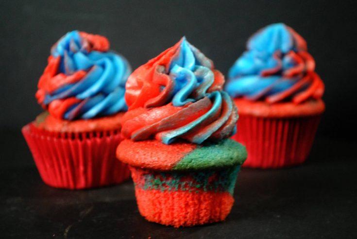 Superman Cupcake
