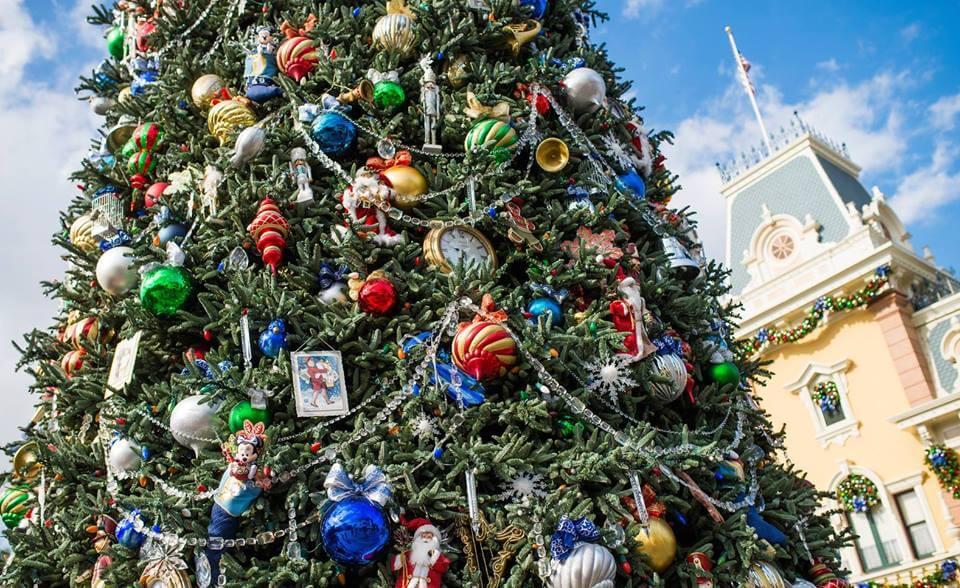 Disney World Christmas Celebrations on a Budget